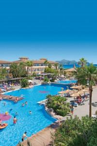 Pool Anlage des Hotel Eden Playa