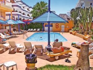 Hotel Belmonte Poolterrasse