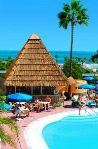 Hotel Lucana Pool