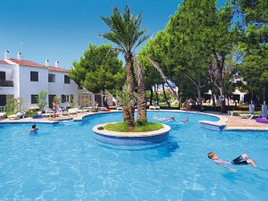 Hotel Las Brisas Poollandschaft