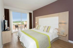 Doppelbett kingsize im Hotel Mariant Park