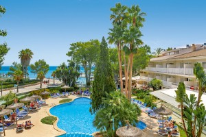 Poollandschaft des Orquidea Hotels auf Mallorca