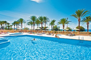Süßwasserpool des Pil Lari Hotels an der Playa de Palma