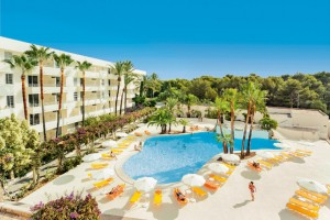 neben dem ebenfalls allsun Hotel ist das Schwesterhotel Mar Blau beliebt bei Gästen aus Deutschland
