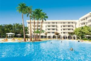 Hotel Rosella Poollandschaft